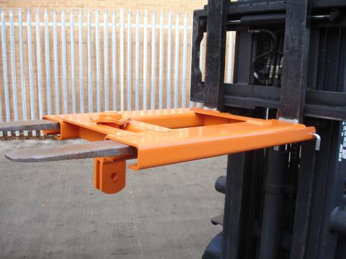 Locating Yoke Forklift Attachment