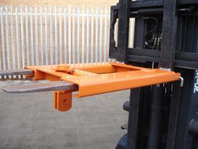 Locating Yoke Forklift Attachment
